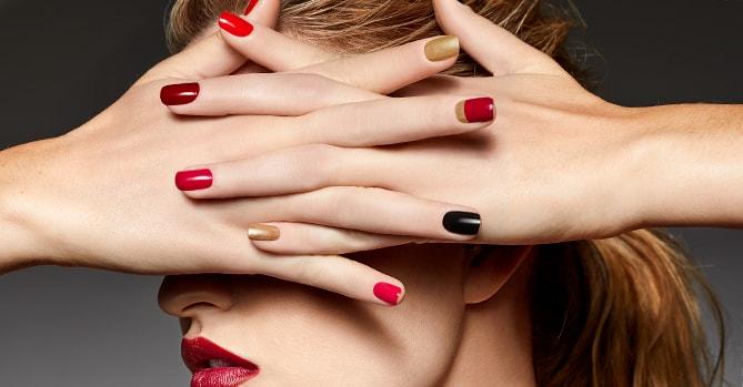 La Decoración de uñas vuelve al unicolor y a las formas simples.