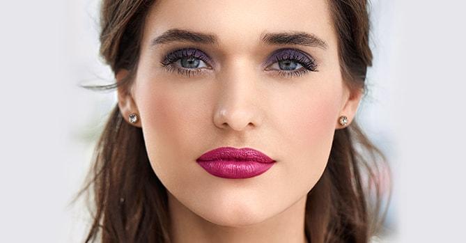 Ultra Violeta, el color del año en tu maquillaje